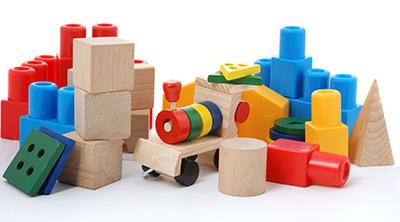 Bereits für kleine Kinder geeignet: Das Holzspielzeug